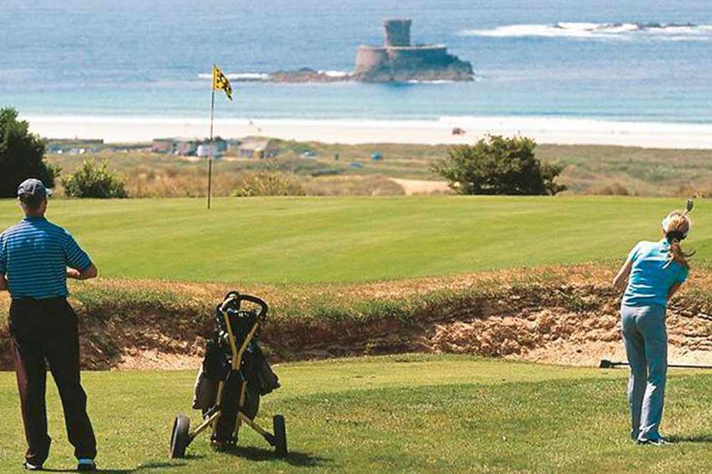 Relocate.je Jersey golf clubs